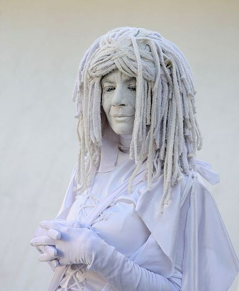 dreadlocks_493px-living_statue_miami_beach_fl