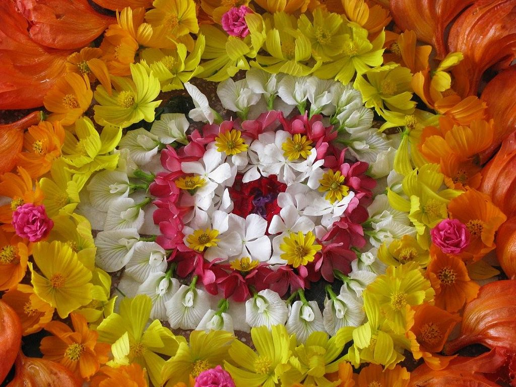 1024px-Onam_Flower_Arrangement