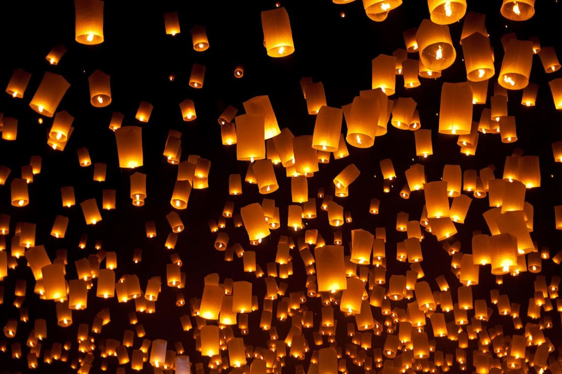 Flying-lanterns-yee-peng-festival-1200x800